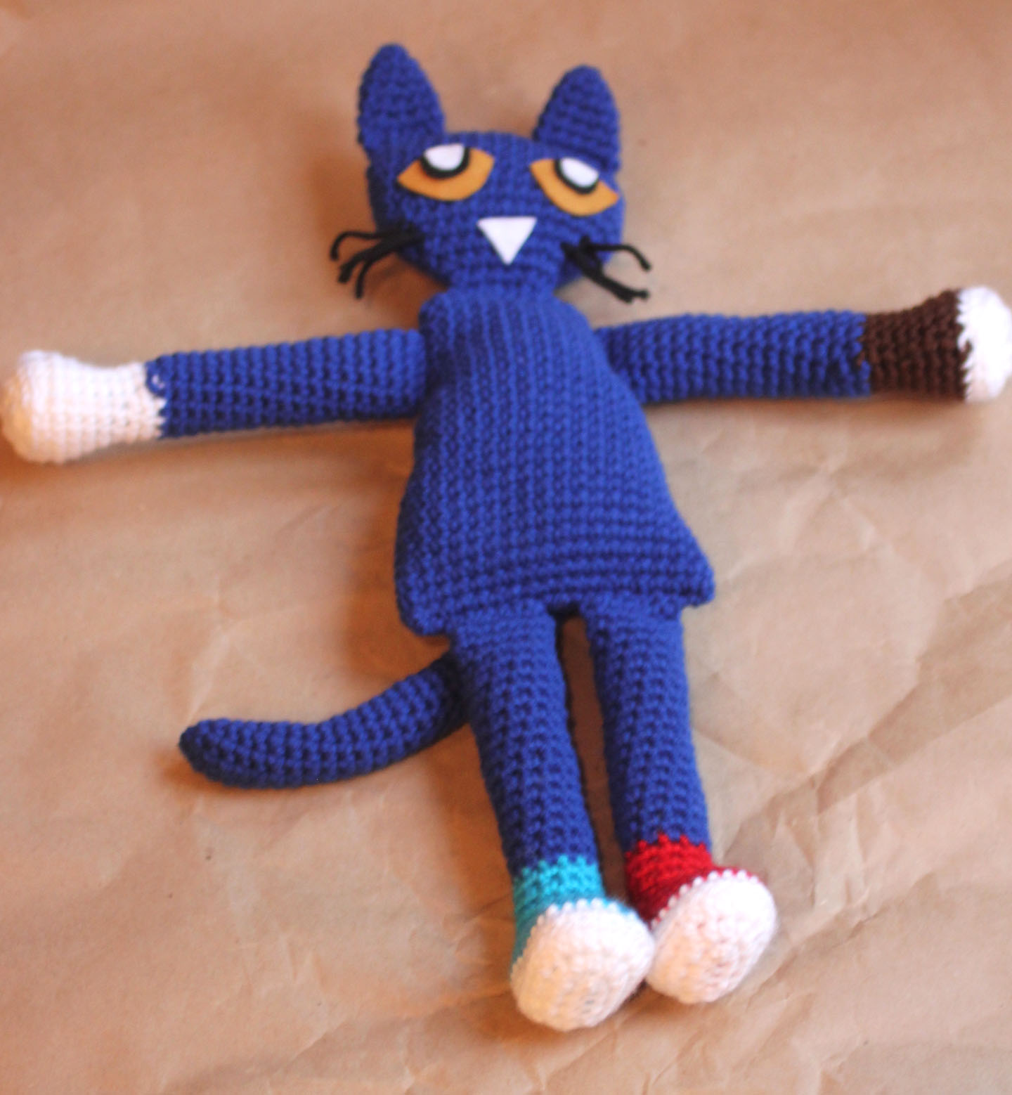 Pete the Cat Crochet Doll - Repeat Crafter Me