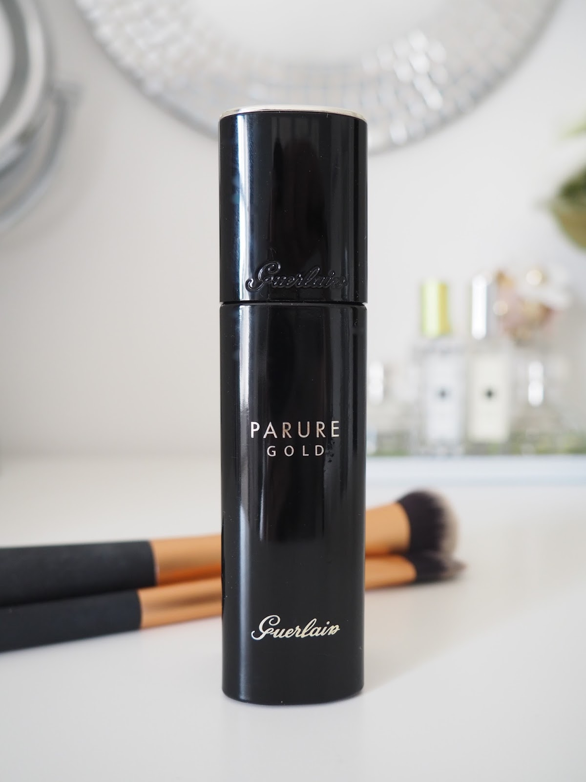 Guerlain Parure gold foundation skin makeup cosmetics