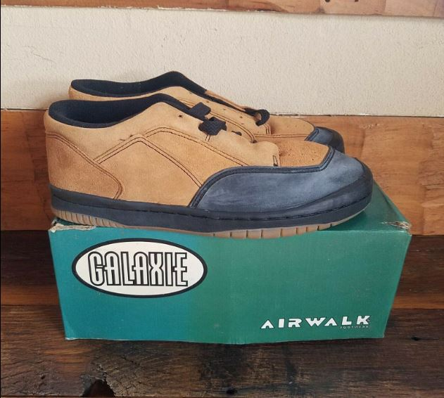 Airwalk Pro Model Galaxie Tan