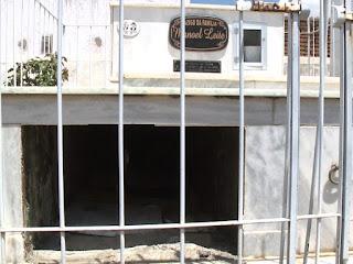 Túmulo de ex-prefeito aparece arrombado em cemitério na Paraíba