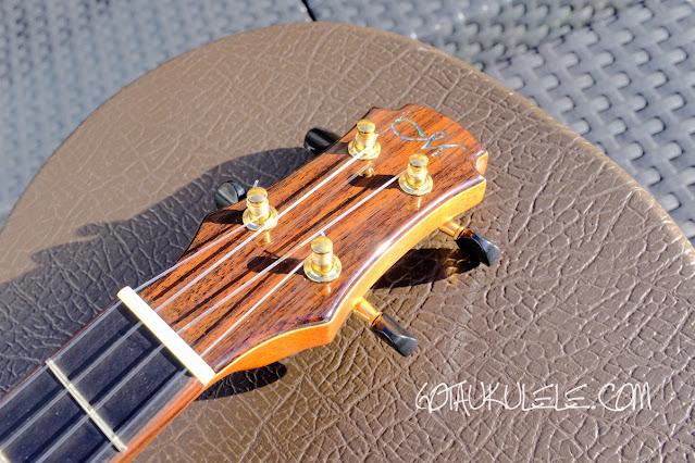 Maestro UT-MR Tenor Ukulele headstock