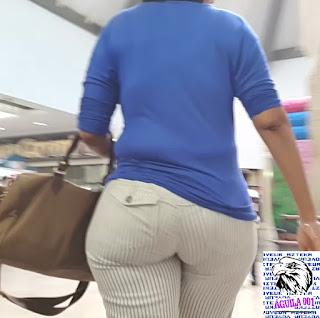 Mujeres caderonas sabrosas ropa entallada publico