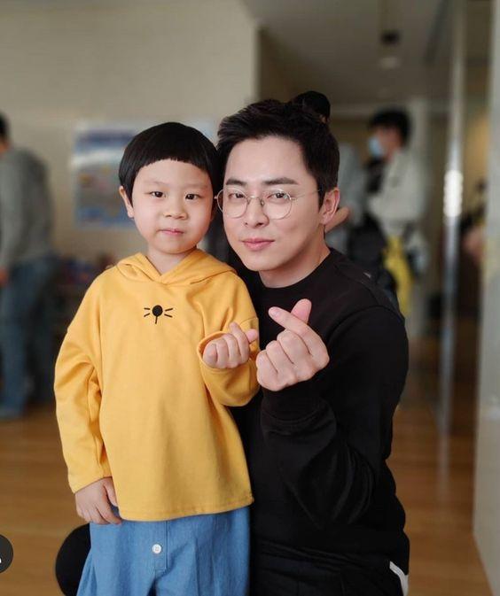 Prediksi Ending untuk hubungan Ik Jun dan Song Hwa Hospital Playlist 2