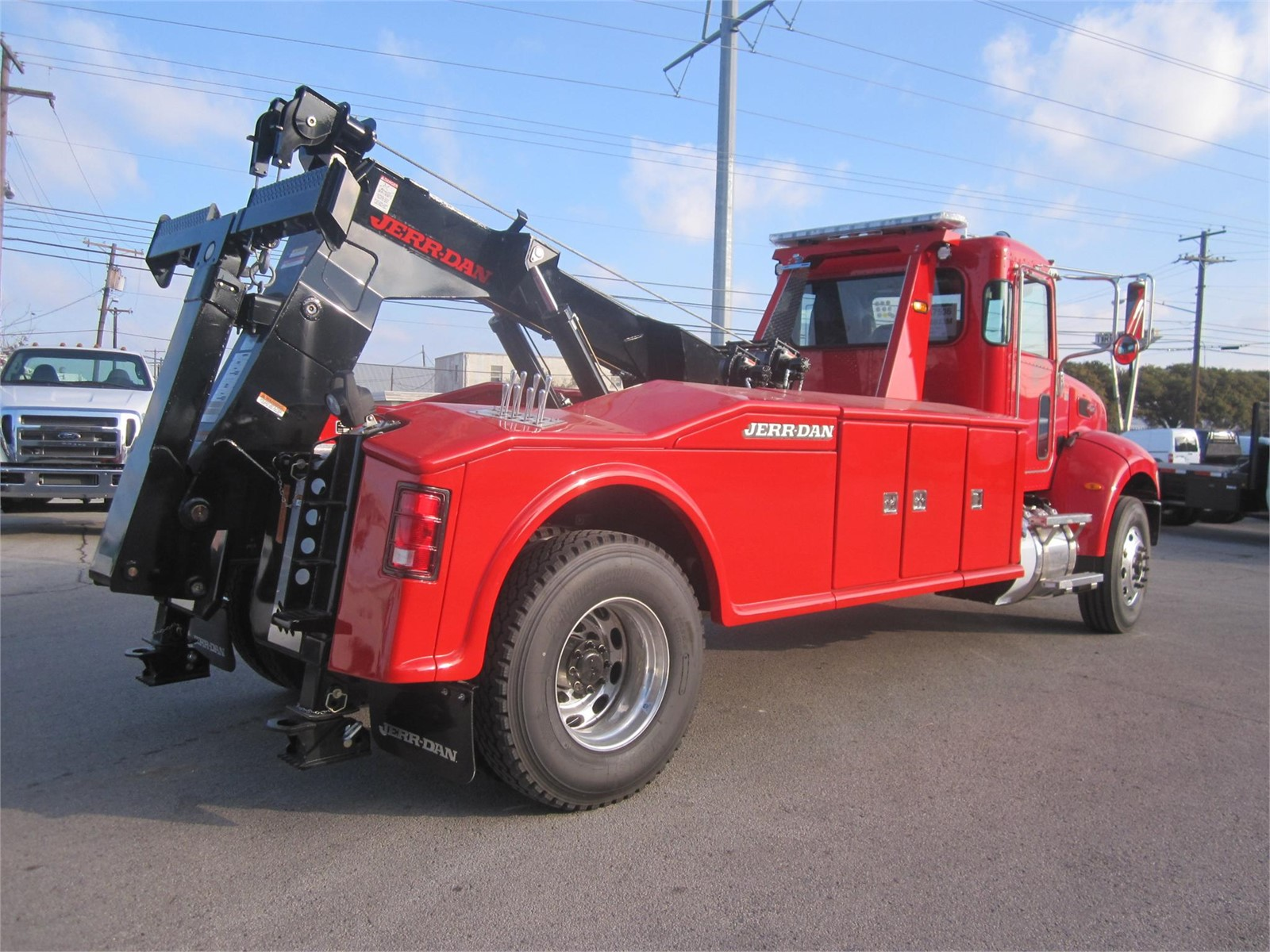 boom truck sales rental 3 availabel new jerr dan peterbilt 16 ton wreckers red white and. Black Bedroom Furniture Sets. Home Design Ideas