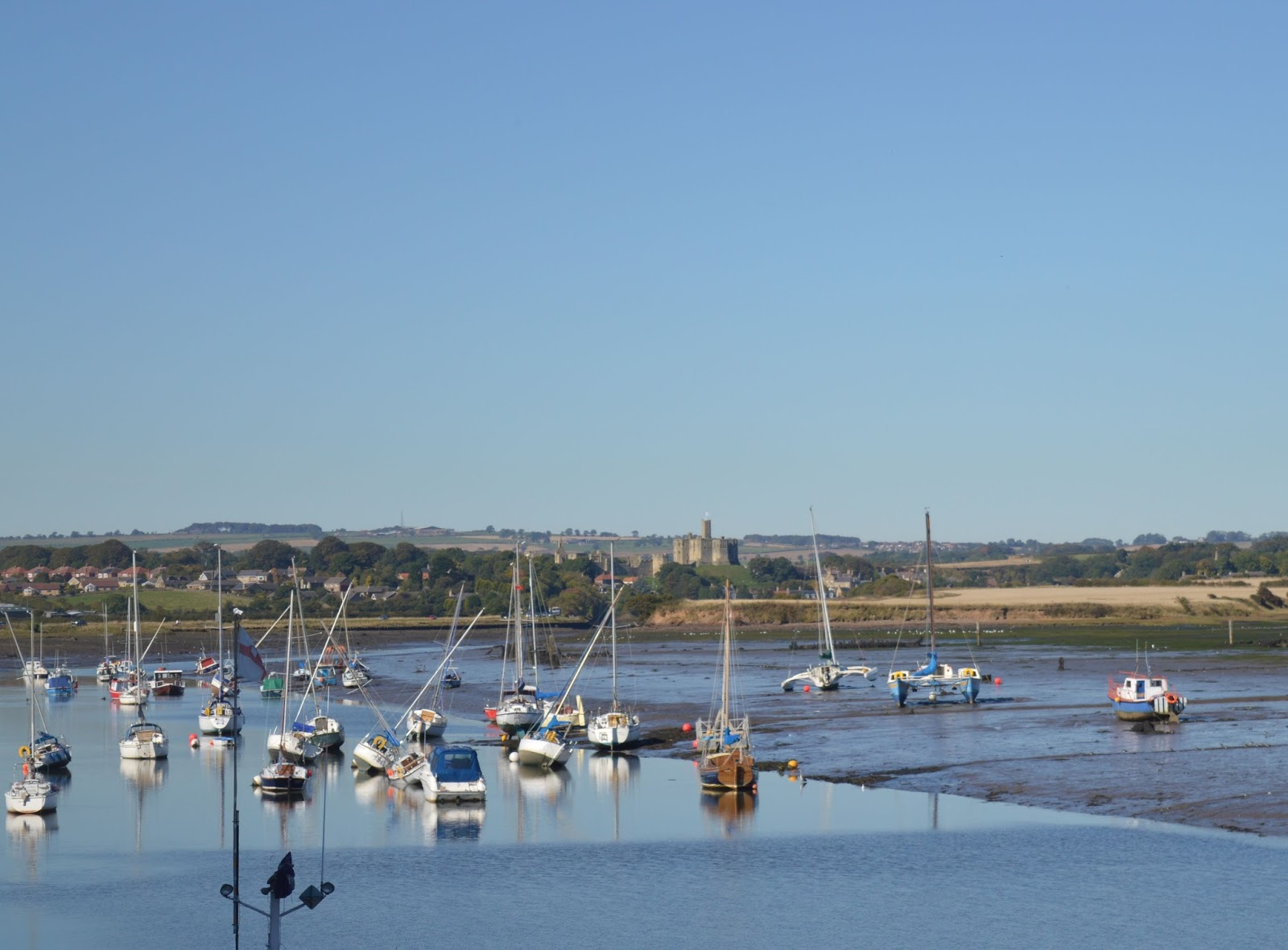 10+ Easy Coastal Walks in North East England  (less than 2 hours long) - Amble Harbour Walk