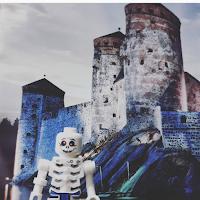 https://www.instagram.com/uskonnonopetus/