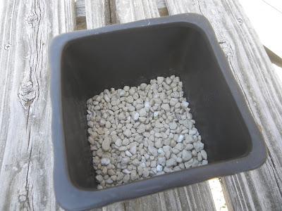 鉢底石 粒