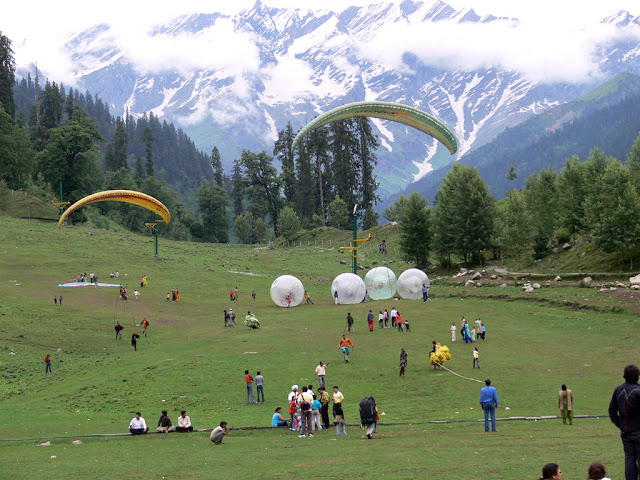 Lovers of Paragliding-Solang Valley