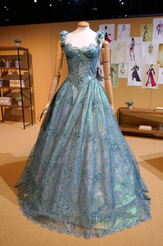 Jessy Schram Once Upon a Time Cinderella costume