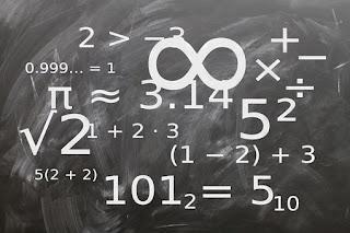 Matemática binaria universal