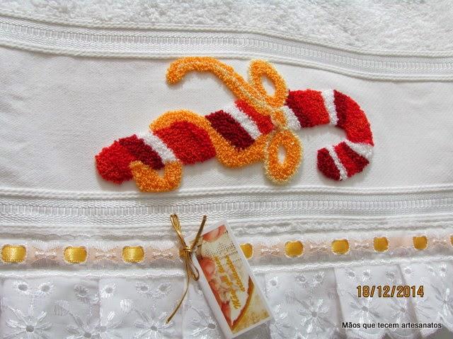 Toalha de Lavabo com Bordado Russo, Toalha de Lavabo Bordado em  Ponto Russo , Ponto Russo Motivo Natal