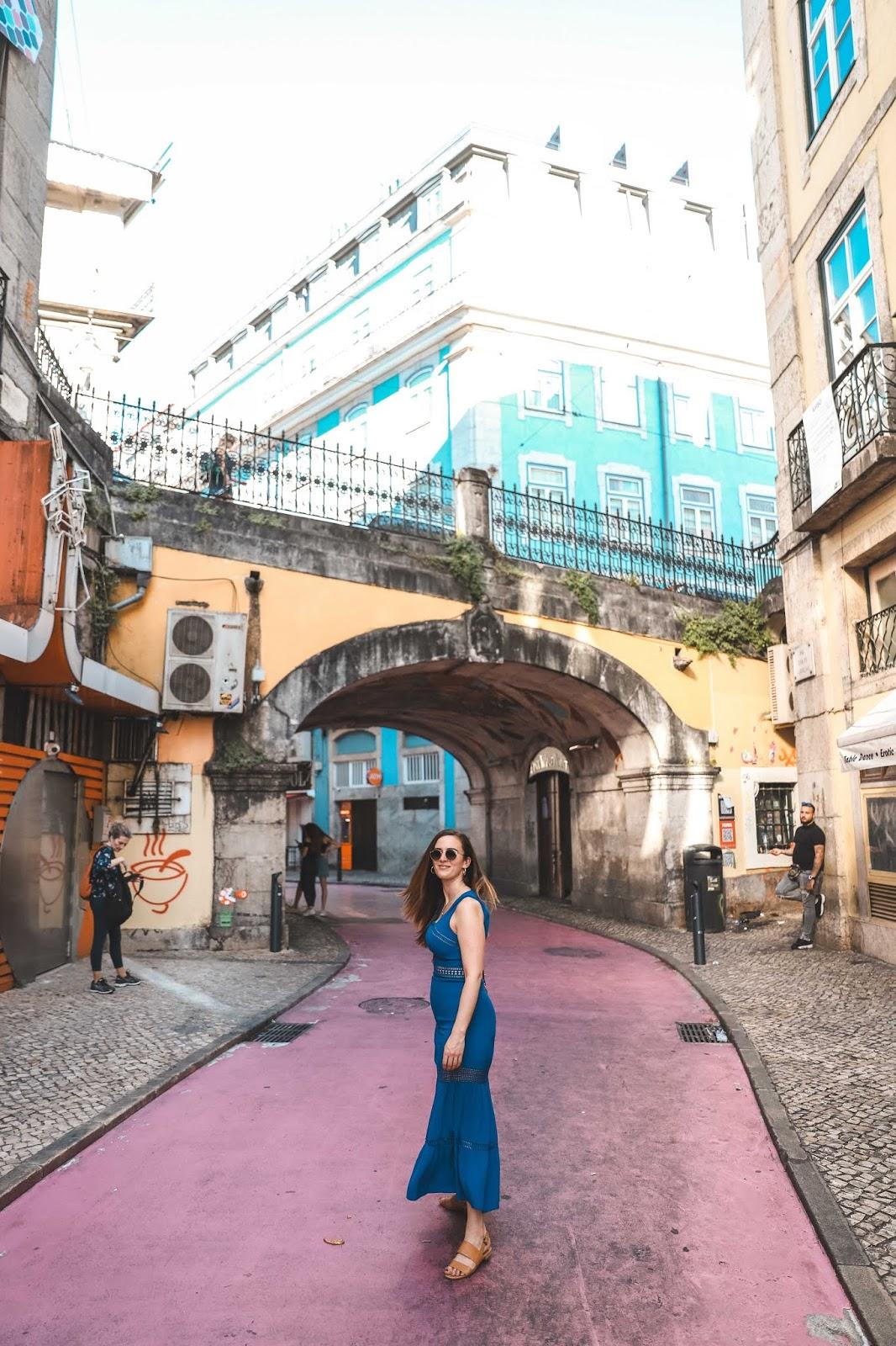 Alicia Mara at Lisbon Pink Street | Tips and Tricks