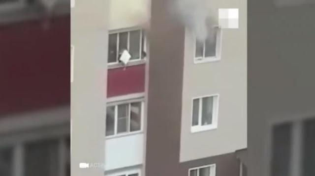 Astaga! Demi Selamatkan dari Kobaran Api, Ibu Lemparkan Dua Anaknya dari Lantai Tiga
