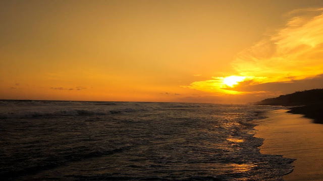 Pantai Goa Cemara Jogjakarta