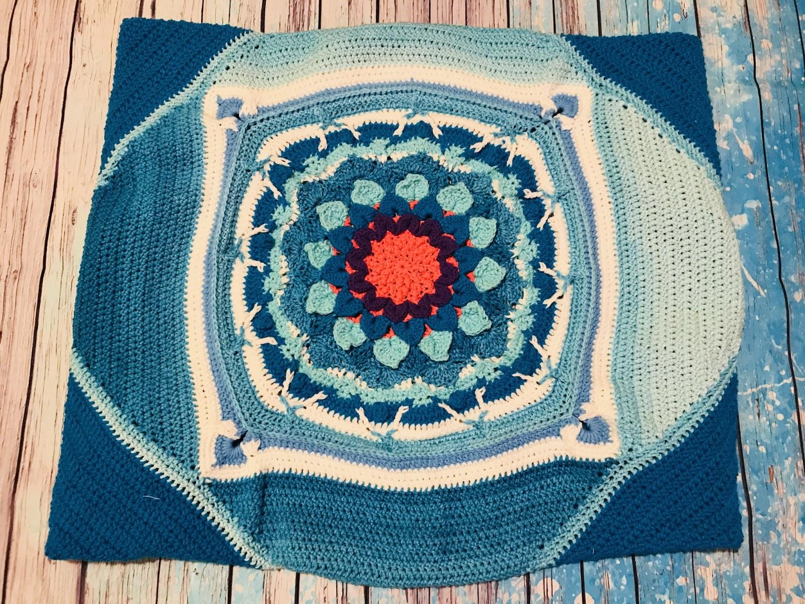 PinkOlay Crochet: Crocodile Flower kaleidoscope blank