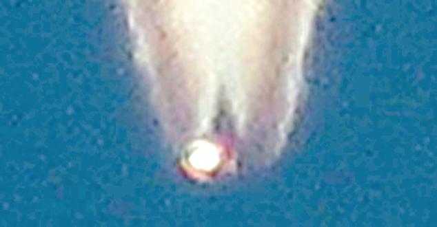 UFO Crashing To Earth or Shot Down? Canada%252C%2BBC%252C%2BBritish%2BColombia%252C%2Brover%252C%2Bpolitics%252C%2Bart%252C%2Bmuseum%252C%2Bfaces%252C%2Bface%252C%2Bevidence%252C%2Bdisclosure%252C%2BDARPA%252C%2Bdrone%252C%2Bcontrail%252C%2Brover%252C%2Briver%252C%2BAztec%252C%2BMayan%252C%2Bbiology%252C%2Bhive%252C%2Bhive%2Bmind%252C%2Btermites%252C%2BUFO%252C%2BUFOs%252C%2Bsighting%252C%2Bsightings%252C%2Balien%252C%2Baliens%252C%2BMIB%252C%2B12