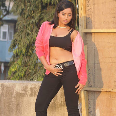 Rani Chatterjee dance photo