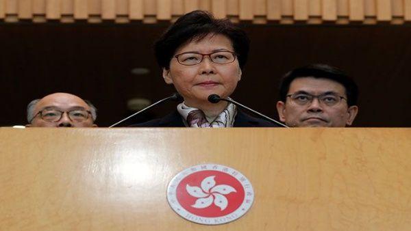 Autoridades de Hong Kong acusan a manifestantes de intentar destruir la ciudad