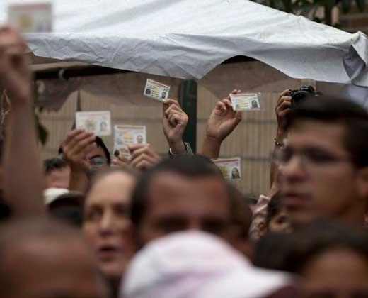 El largo y minado camino hacia el revocatorio contra Maduro