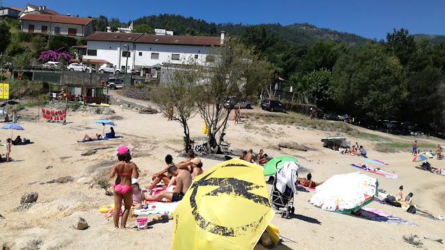 Turistas na Praia da barca
