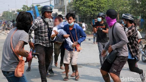 Aparat Keamanan Myanmar Tembakan Granat ke Pengunjuk Rasa, 80 Orang Tewas
