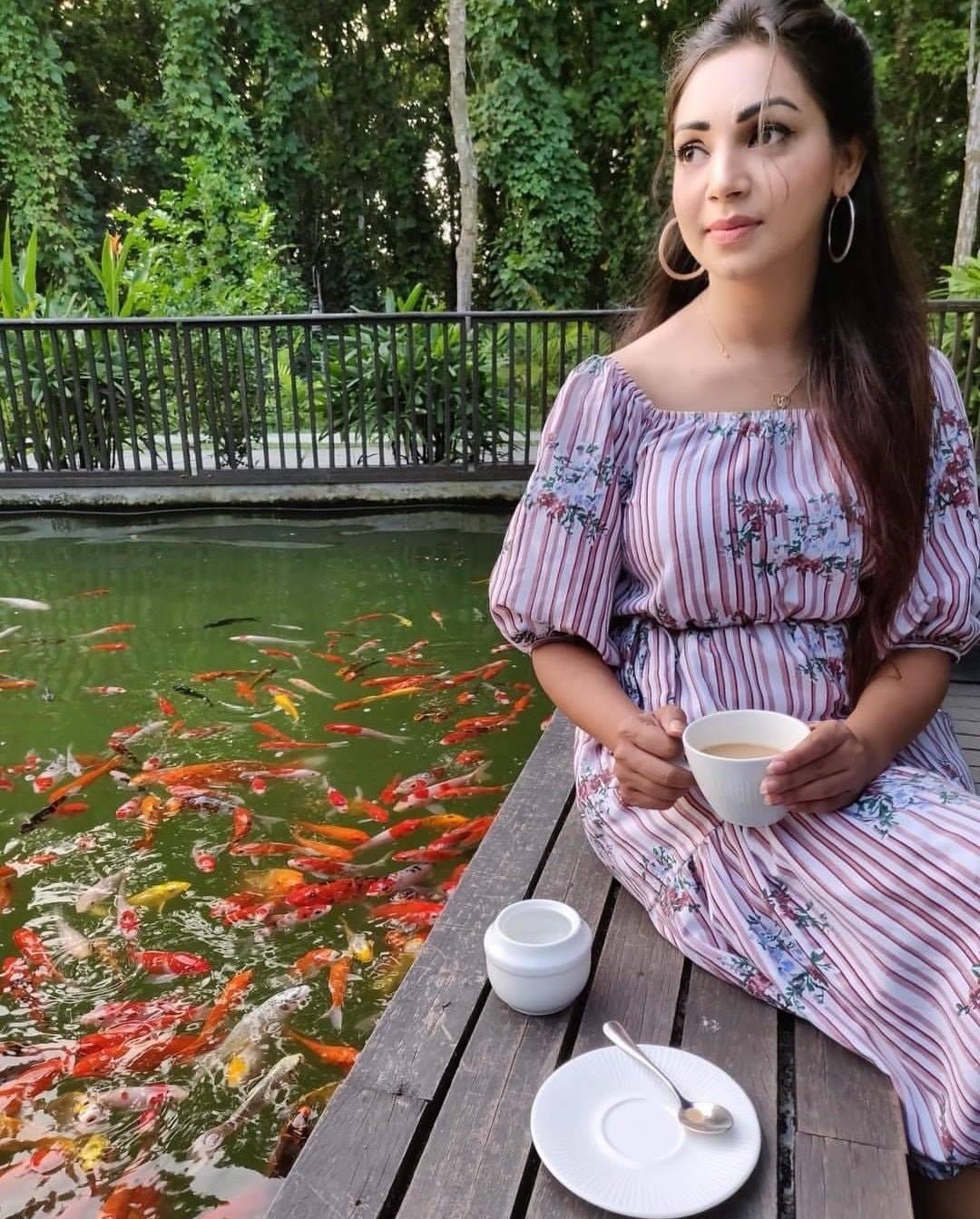 মডেল এবং অভিনেত্রী সাদিয়া জাহান প্রভার কিছু ছবি 25