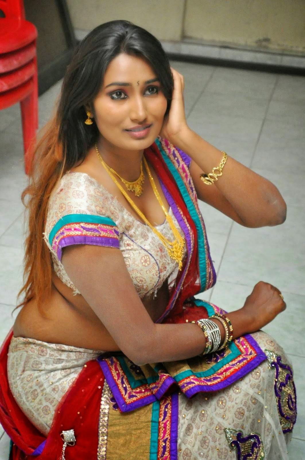 Telugu Spicy Actress Swathi Naidu Latest Sizziling Images -6208
