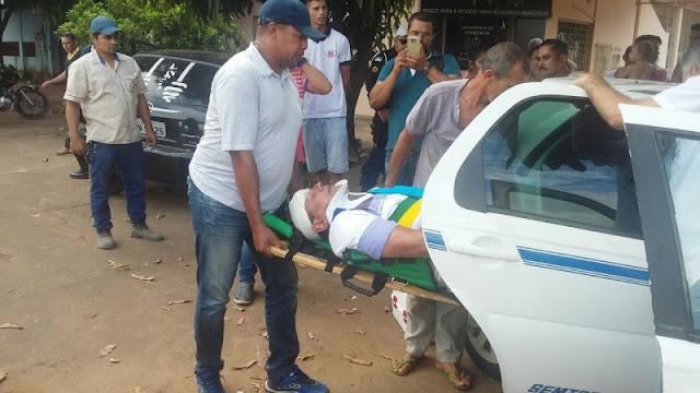 Acidente grave entre veículos deixa taxista preso ao carro com ferimentos graves