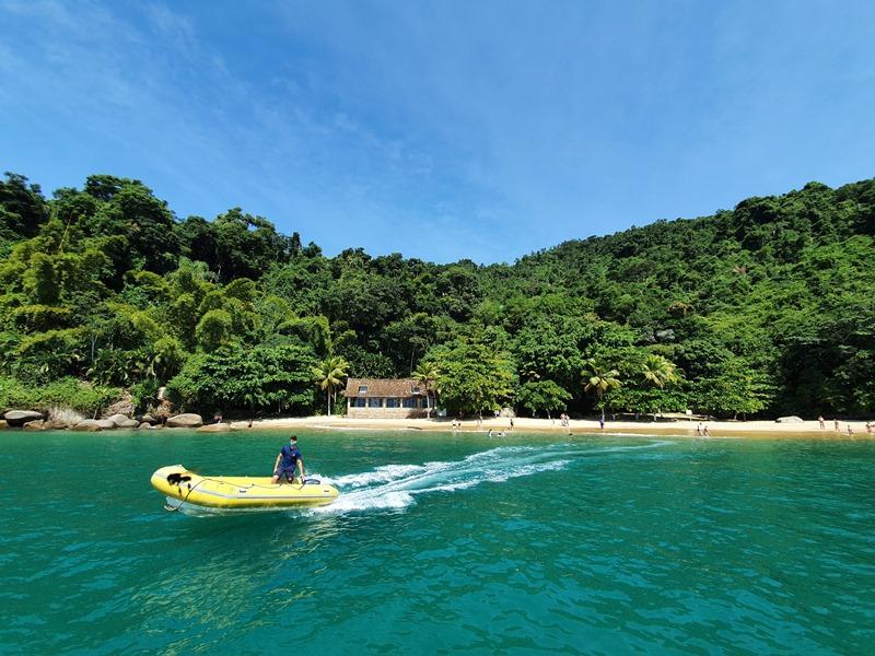 Passeio pelas ilhas de Paraty