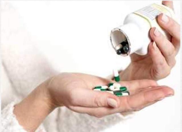 تناولت «أدوية بالخطأ».. إصابة طفلة بالتسمم في سوهاج