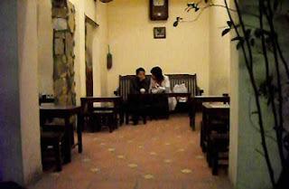 Một góc không gian bên trong của cafe giảng