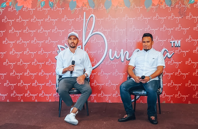 Izzat bin Roslan, Arham Syafiq Azmi, Beauty, the Founder of BUNGAA Cosmetics, BUNGAA Semi LipMatte, BUNGAA Semi LipMatte, BUNGAA Cosmetics founders, BUNGAA Semi LipMatte ambassador, Amyrah Nasuha bt Badrin, Farra Alisa bt Mohd Zairi, Nurdiyana Nadirah, Nadia Syahera binti Rosli, Nadia bt Amil