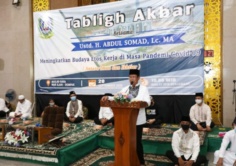 Hadiri Tabligh Akbar Bersama Ustadz Abdul Somad, Isdianto : Jaga Keharmonisan dalam Keberagaman