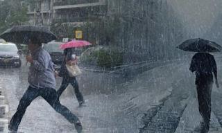 Καιρός: Bροχές, καταιγίδες και σκόνη μέχρι την Τρίτη σε όλη τη χώρα