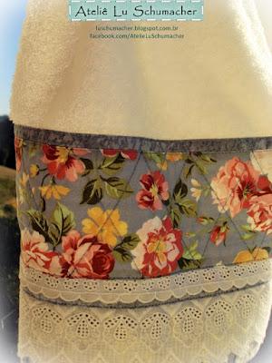 Toalha com barrado em patchwork