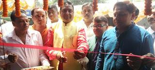 पूर्व पालिकाध्यक्ष ने ई—स्टोर इंडिया का किया उद्घाटन     #NayaSaberaNetwork