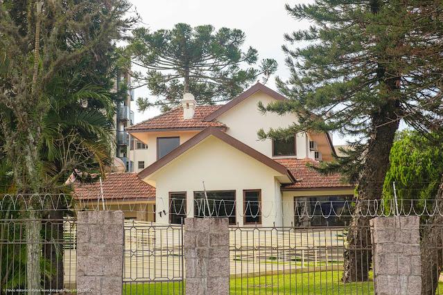 Casa na Rua Itupava que atualmente abriga a Sociedade Paranaense de Anestesiologia