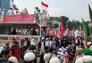 Korlap Aksi PA 212 soal Pembakaran Bendera PDIP: Jangan Takut, Kita Tak Salah