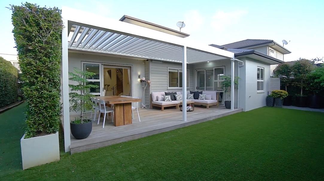 19 Interior Design Photos vs. 34 Guard Crescent, Stonefields, Auckland Home Tour