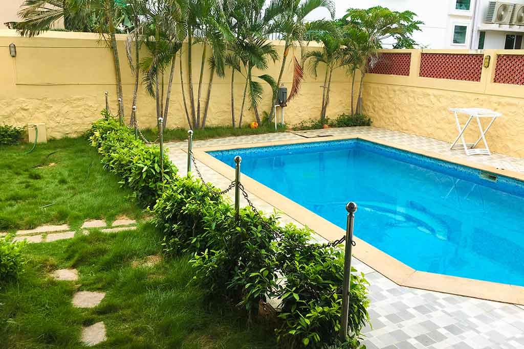 aura villa ecr swimming pool