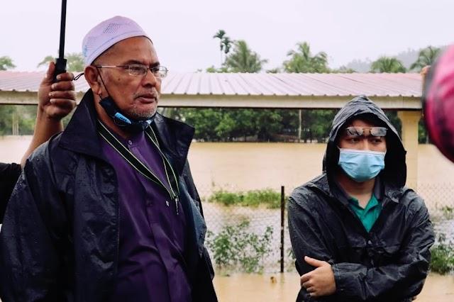 Tiada Pemimpin UMNO Turun Padang Bantu Mangsa Banjir, Kata Pegawai Khas MB Terengganu