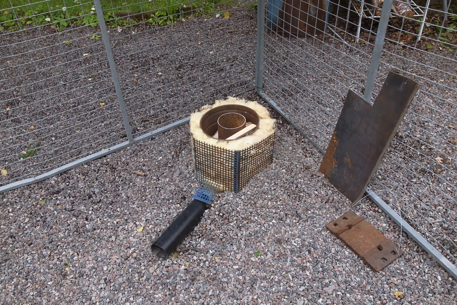 Homemade Tools & Aids: Small furnaces