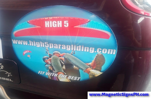 High 5 Paragliding Oval Magnetic Sign