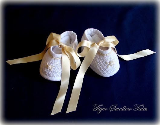 HOW TO MAKE LITTLE SMOCKED SHOES!