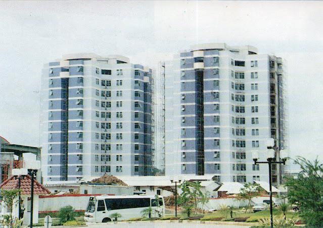Apartemen Crown Court, 1994