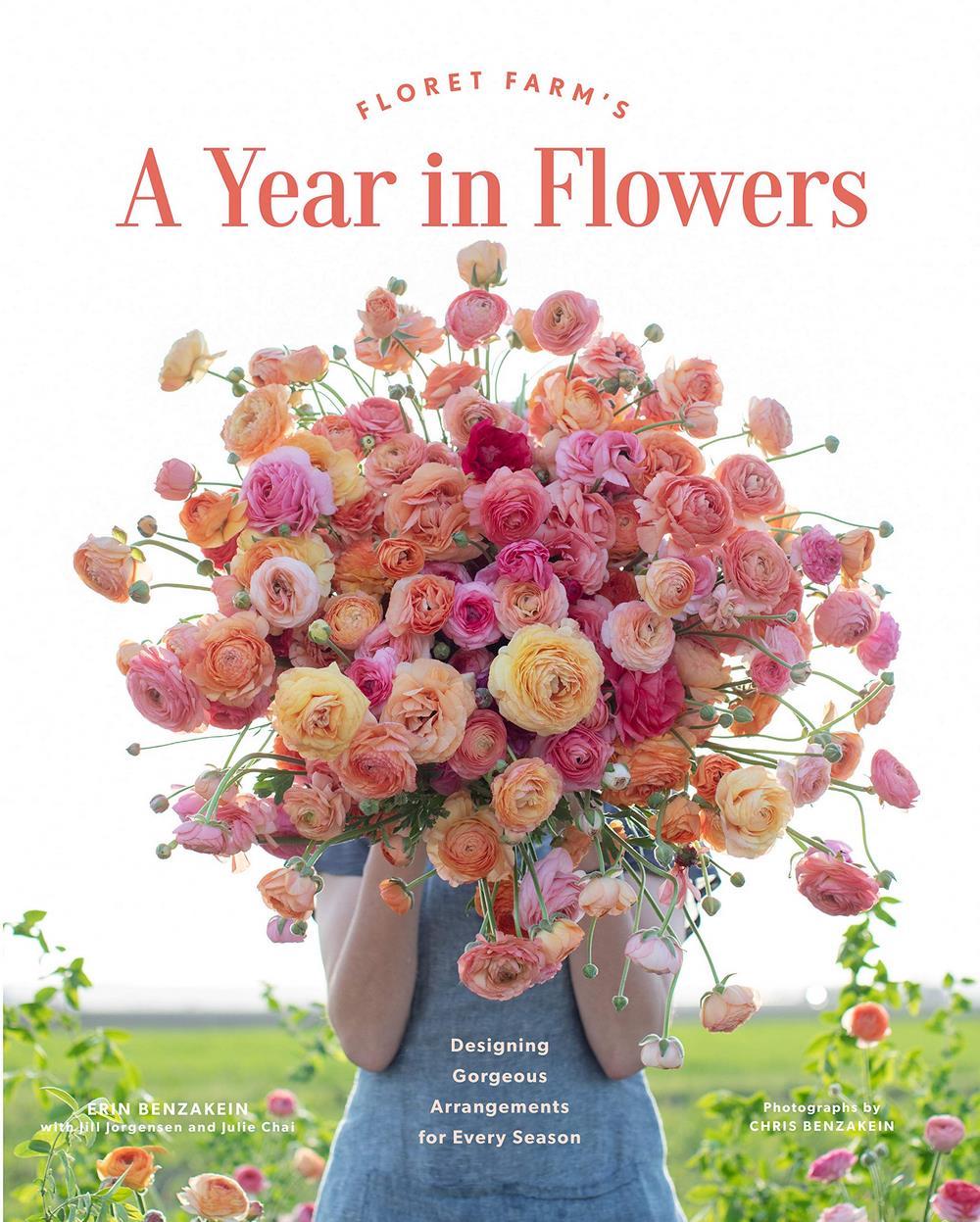 Libro de arreglos con flores cortadas a lo largo de la estaciones