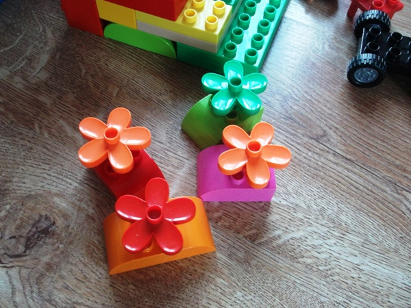 dwulatka, lego duplo, figurki