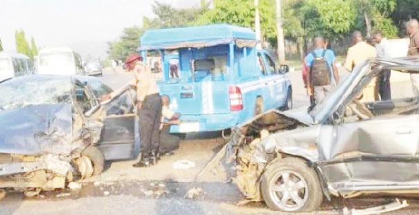 17 people involved in car crash