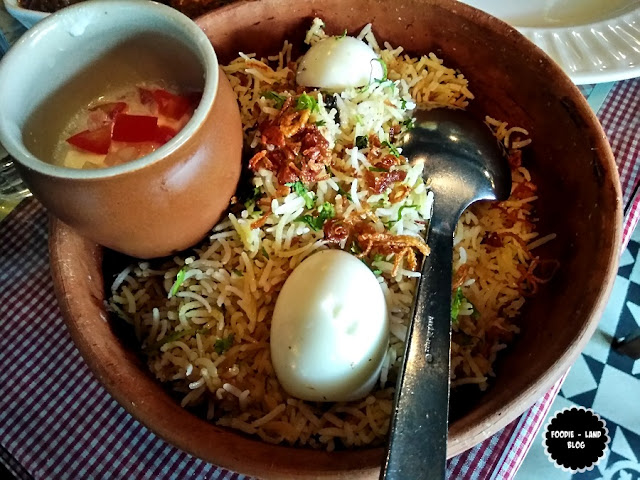 Bombay Chicken Biriyani@ SodaBottleOpenerWala | Lavelle Road | Bangalore