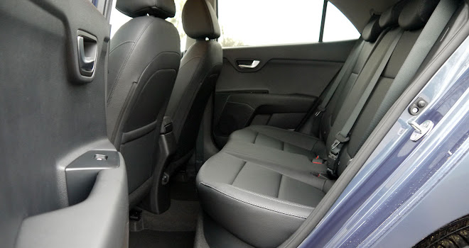 Kia Rio rear interior